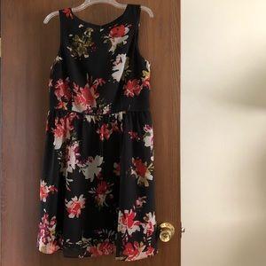 Beautiful floral Loft dress size 10 :)